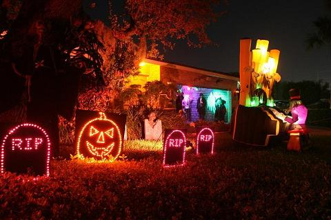 Halloween sound light and laser show - Halloween laser light show ...