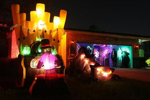 Part of our 2008 Dungeon & outdoor Halloween scene